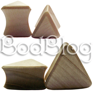 Crocodile Wood Triangle Plugs